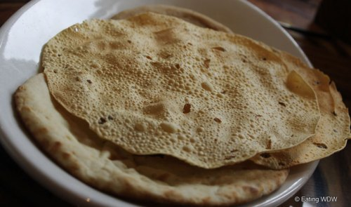 sanaa-indian-style-bread-service-pappadam