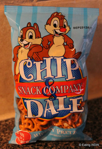 Chip Dale Snack Company Eating Wdw