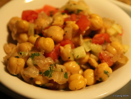 sanaa-chickpeas-with-cucumber-and-tomato