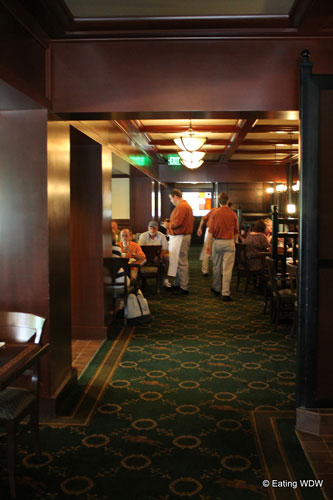 turf-club-dining-room