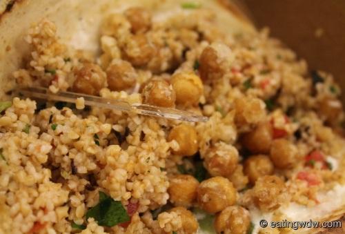 gasparilla-island-grill-tabbouleh-pita-close