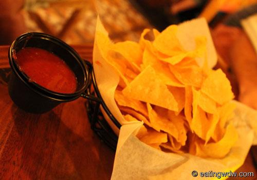 la-cava-del-tequila-chips-and-salsa