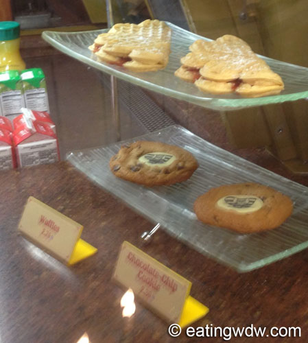 norway-kringla-bakeri-og-cafe-display-5