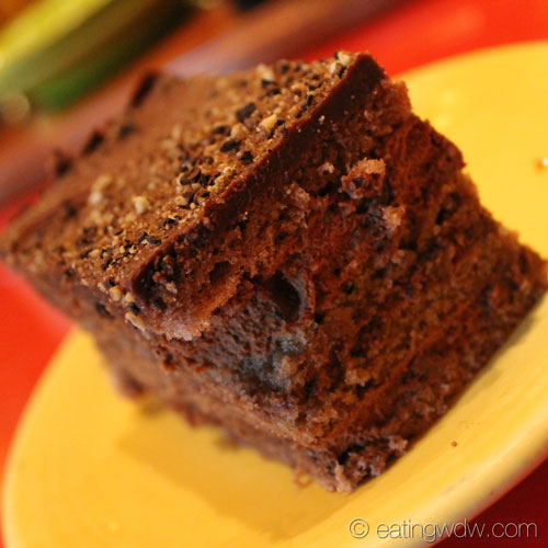 whispering-canyon-cafe-chocolate-cake-2