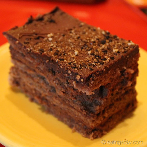whispering-canyon-cafe-chocolate-cake