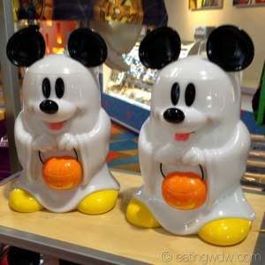 2013-halloween-mickey-ghost-buckets