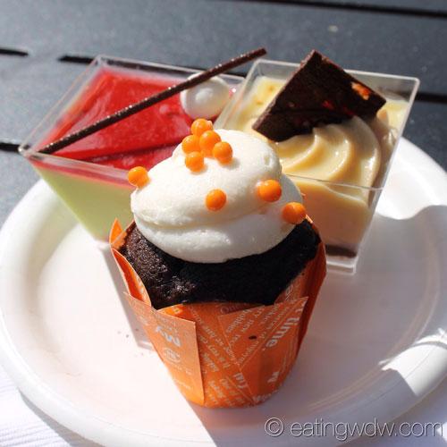 2013-food-wine-desserts-and-champagne-dessert-trio