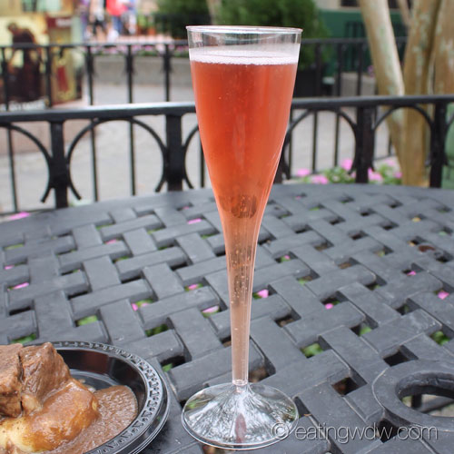 2013-food-wine-france-sparkling-pomegranate-kir