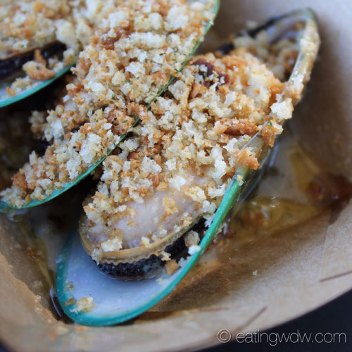 2013-food-wine-new-zealand-steamed-green-lip-mussels2