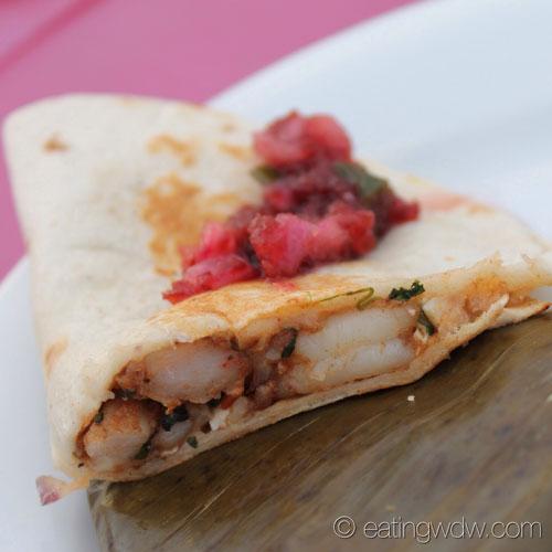 2013-ocean-spray-cranberry-bog-mexico-Mole-Shrimp-Quesadilla-with-Cranberry-Salsa-2