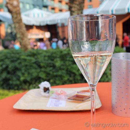 2013-swan-dolphin-food-wine-classic-tyku-silver