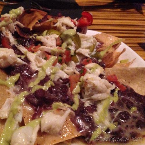 bluezoo-crab-nachos-close