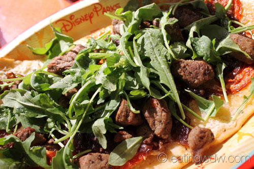 contempo-cafe-marinated-beef-flatbread-2