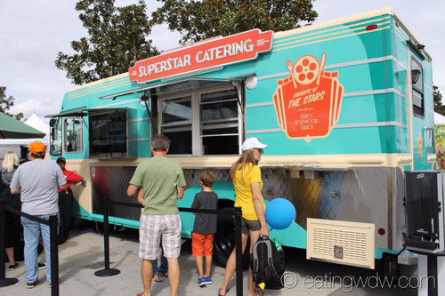 downtown-disney-superstar-catering-truck