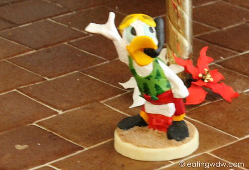 beach-club-2013-gingerbread-carousel-hidden-mickey-donald
