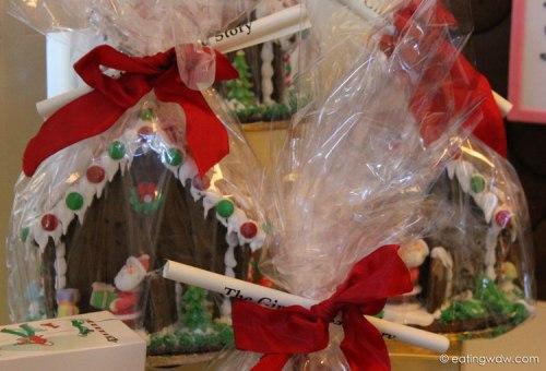 boardwalk-sweet-treats-gingerbread-house-gingerbread-houses
