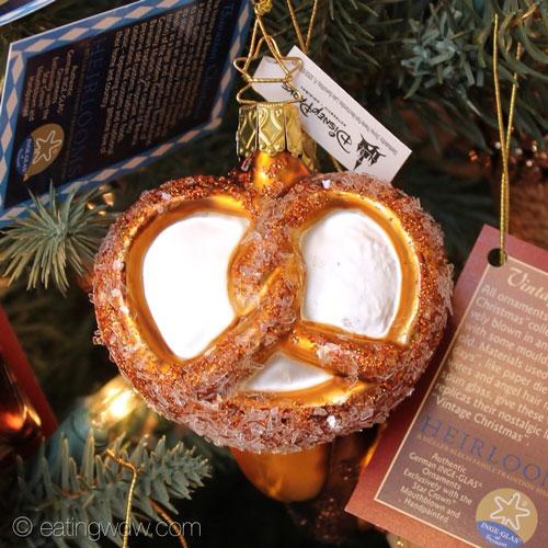 die-weihnachts-ecke-bavarian-food-tree-pretzel