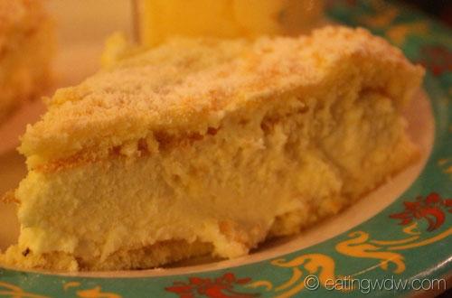 biergarten-bavarian-cheesecake
