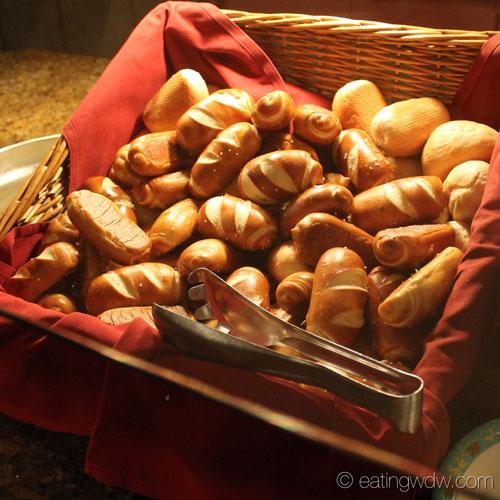 biergarten-rolls-pretzel-bread