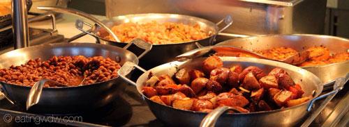 fantasy-cabanas-breakfast-buffet-11