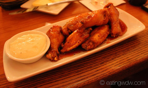 shutters-chicken-wings