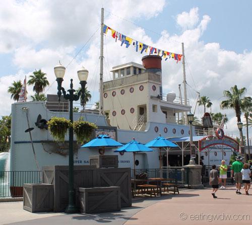 min-and-bills-dockside-diner