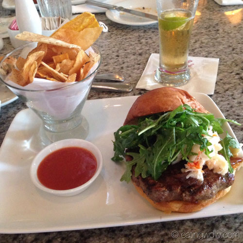 grand-floridian-cafe-grand-floridian-burger-and-chips