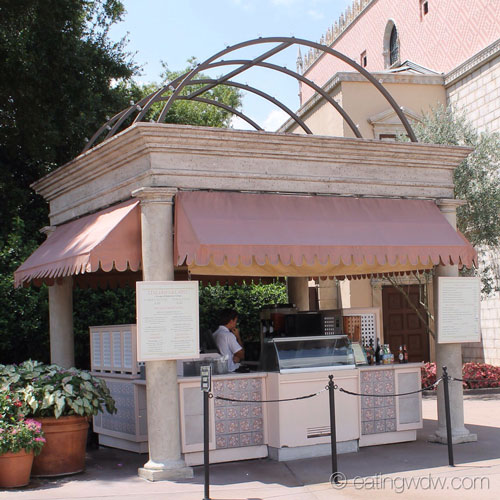 italy-gelato-beverages-stand