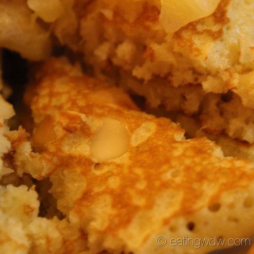 kona-cafe-macadamia-pineapple-pancakes-4