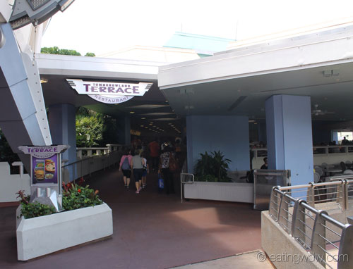 tomorrowland-terrace