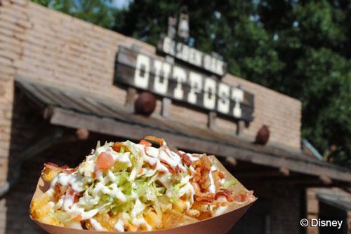 golden-oak-outpost-blt-gourmet-waffle-fries