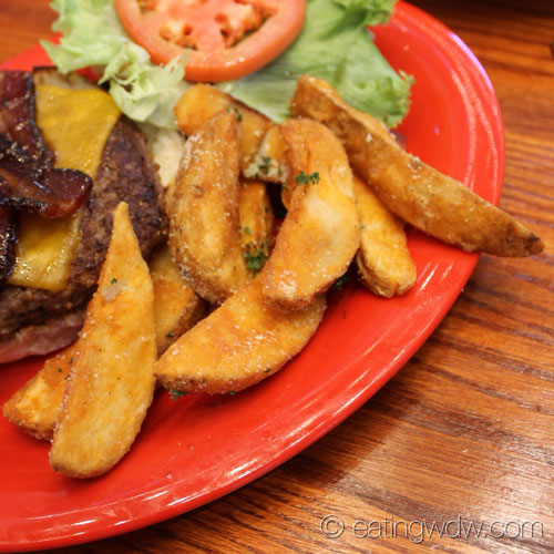 pepper-market-texas-bacon-burger-garlic-parmesan-fries
