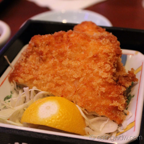 tokyo-dining-bento-box-lunch-special-panko-chicken-cutlet