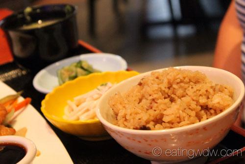 tokyo-dining-chicken-teriyaki-lunch-special-sukiyaki-beef-rice-noodle-salad-sunomono-salad-miso-soup