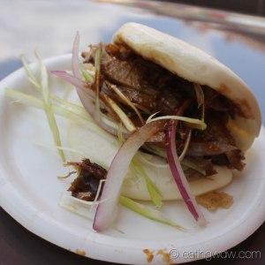 2014-food-wine-china-beijing-roasted-duck-steamed-bun-hoisin-sauce