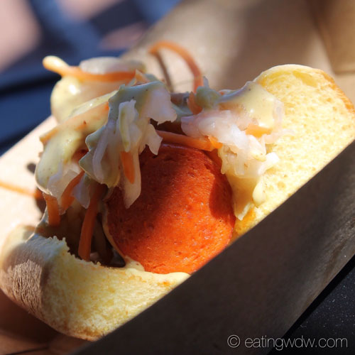 2014-food-wine-south-korea-kimchi-dog-3