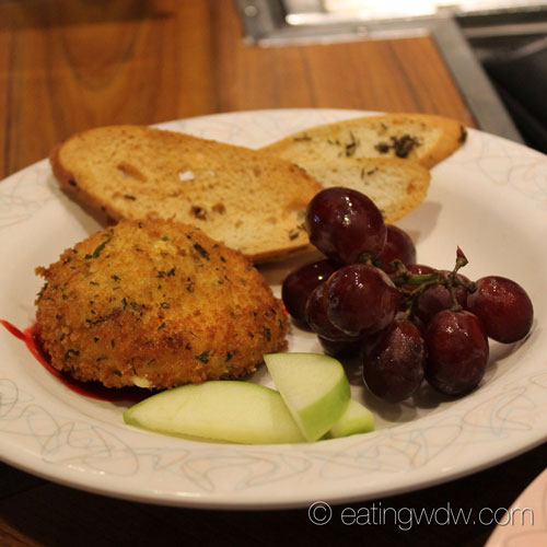 50s-prime-time-cafe-tune-in-lounge-fried-herb-and-garlic-cheese
