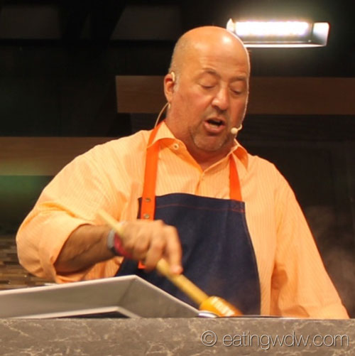 2014-food-wine-culinary-demo-andrew-zimmern-cooking
