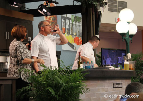 2014-food-wine-culinary-demonstration-robert-irvine