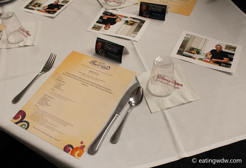 2014-food-wine-culinary-demonstration-table-setting-robert-irvine-2