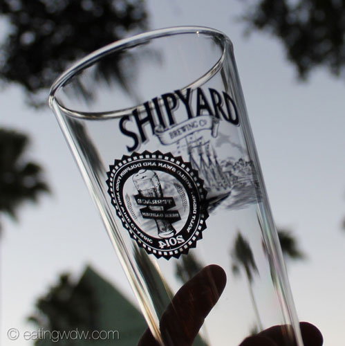 2014-swan-dolphin-food-wine-classic-beer-garden-glass-2