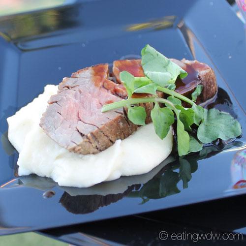 2014-swan-dolphin-food-wine-classic-shulas-beef-tenderloin-2