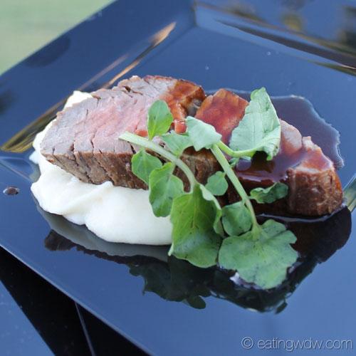 2014-swan-dolphin-food-wine-classic-shulas-beef-tenderloin