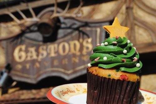 gastons-taven-christmas-tree-cupcake