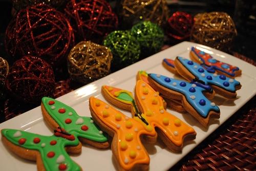 animal-kingdom-lodge-gingerbread-cookie-decorating-1