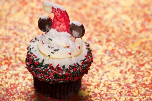 disney-hollywood-studios-holiday-cupcake