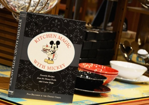 kitchen-magic-with-mickey-cookbook