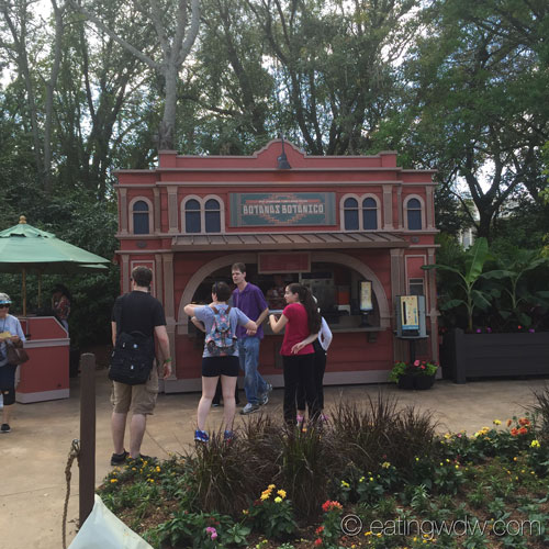 2015-flower-garden-botanas-botanico-kiosk