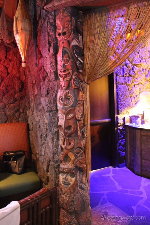 trader-sams-grog-grotto-interior-10