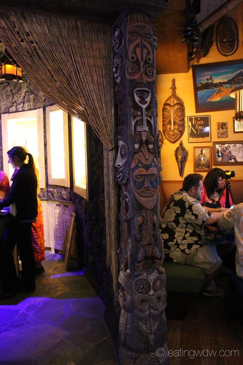 trader-sams-grog-grotto-interior-7